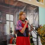 Выступает поэтесса Наталья Кукушкина