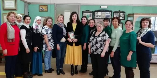 Детская писательница Надежда Кузнецова посетила Казань