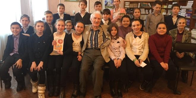 «Пестрые страницы про были – небылицы». Встреча с детским поэтом А.Д. Степановым.