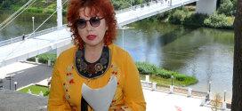 Поэтесса Диана Кан на Беловке (Оренбург). Проект «Узнай автора!»